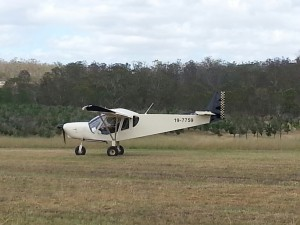 After several circuits at Angelfield Will flew his Zenith back to his own strip for the first time. Thanks Fiona for sharing your photo's